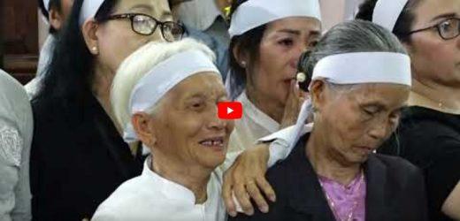 Nghi Thức Tẩm Liệm Cha Cố Gioakim Nguyễn Thúc Nên Giáo Phận Kontum 05/05/2019