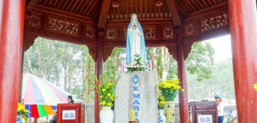 Chương Trình Lễ – Tết Nguyên Đán tại TTHH Đức Mẹ Măng Đen