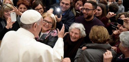ĐTC Phanxicô Cám Ơn Các Nhân Viên Vatican Duy Trì Hoạt Động Trong Thời Gian Đại Dịch