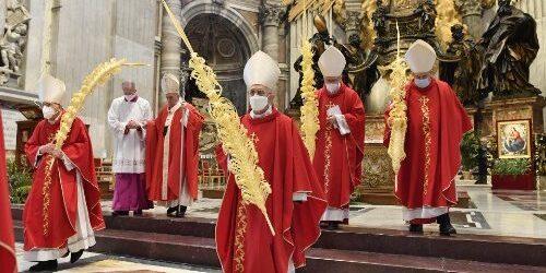 Đức Thánh Cha Cử Hành Lễ Lá Khai Mạc Tuần Thánh 2021