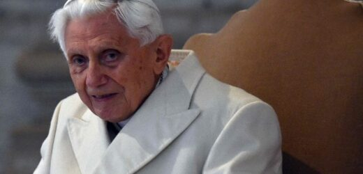 Điều Ngạc Nhiên Dành Cho Đức Biển Đức Nhân Kỷ Niệm 70 Năm Linh Mục