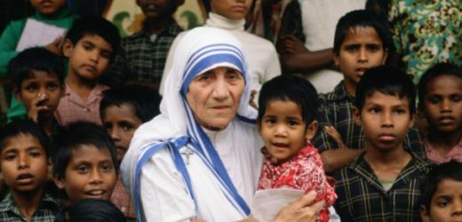 Caritas Giáo phận Kon Tum Mừng Lễ Bổn Mạng Têrêxa Calcutta